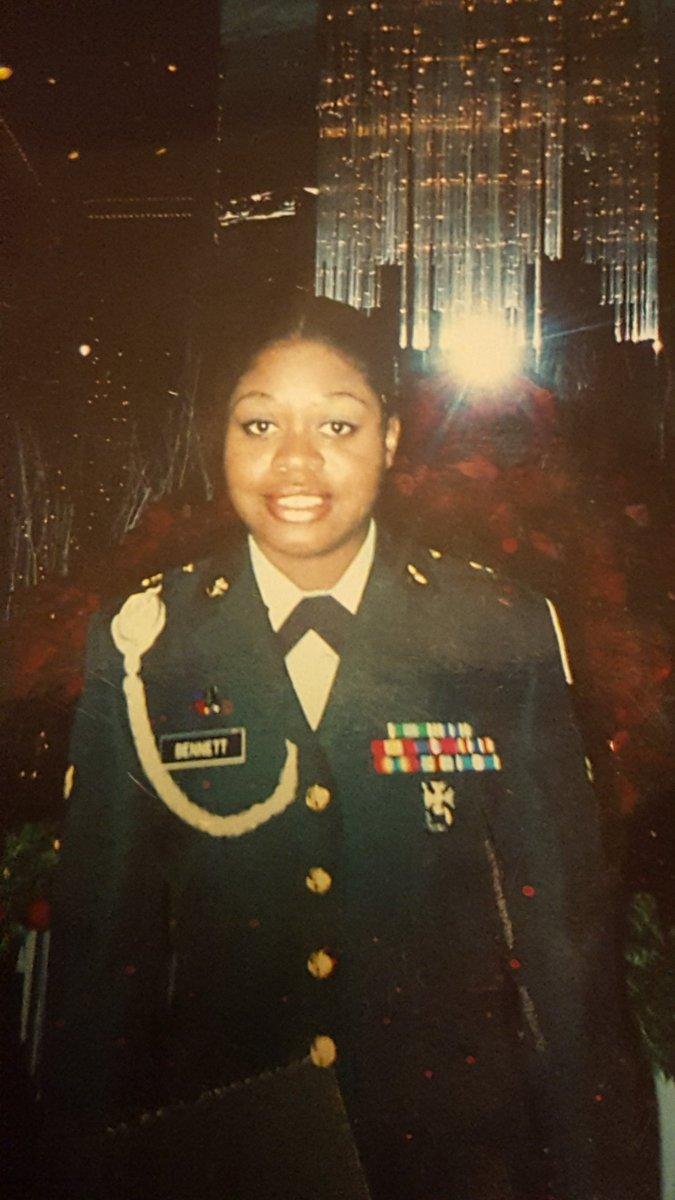 Representing for the female veterans for Women's history month!!! 😊💪🏾 #WomensHistoryMonth #Veteran #armyveteran