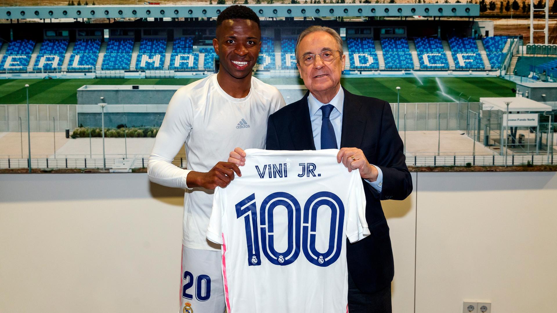 Vinicius Jr y Florentino Pérez celebran los 100 partidos del brasileño con el Madrid