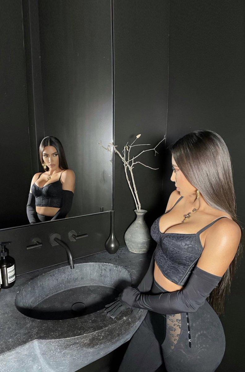 Kim for @dolcegabbana Virtual Fashion Show.