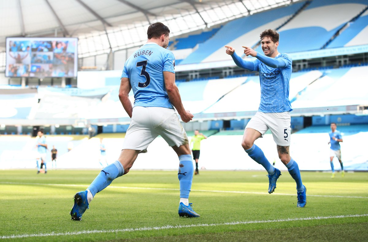Twitter fam, can Manchester City make it 21 straight wins in all competitions tonight against Wolves.   They haven't trailed for a single minute in any of their last 18 matches in the league 😱😱😱Insane!!!  #MCIWOL