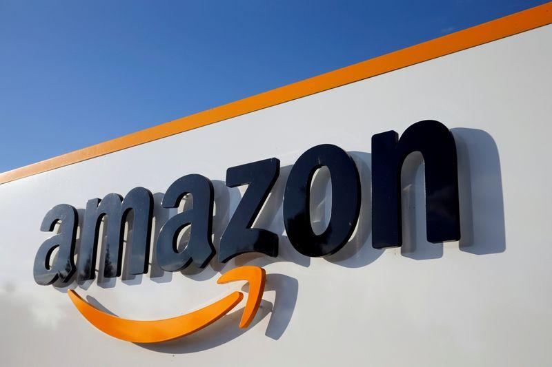 Lawsuit accuses Amazon of systemic racism in corporate offices reut.rs/3q2OwMl