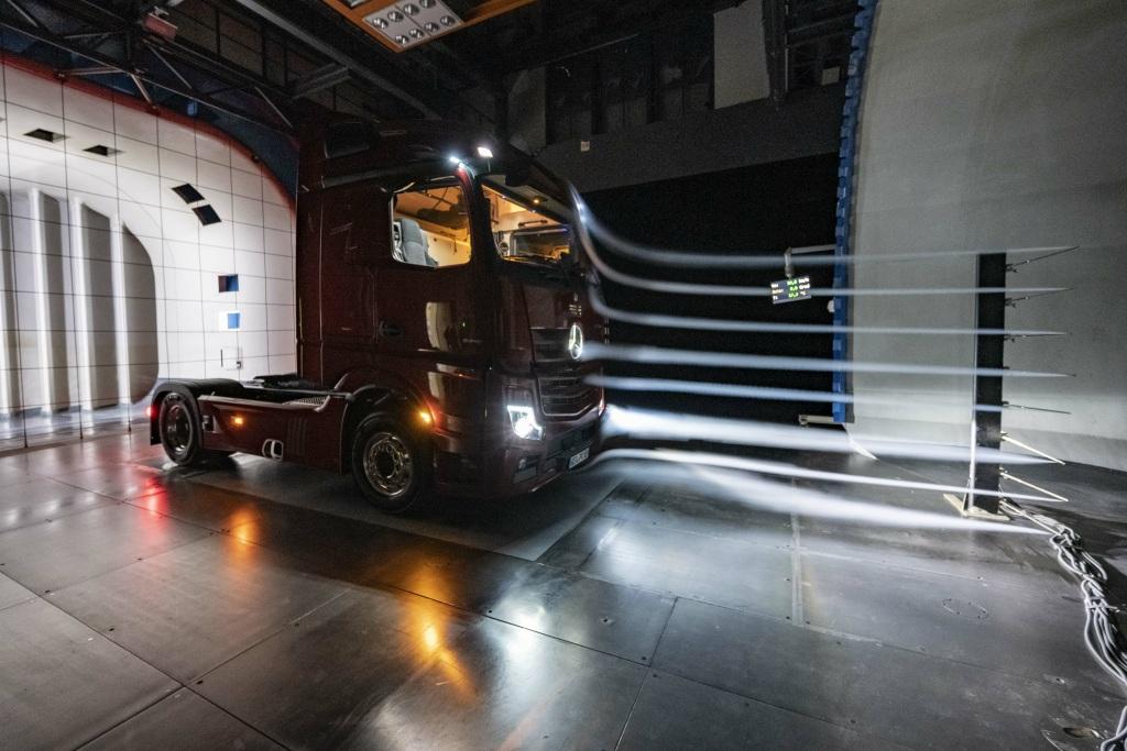 RT @cashch: Kooperation - Daimler und Volvo gründen Gemeinschaftsfirma für Brennstoffzellen https://t.co/mMYiCATazh https://t.co/rYowrgT41G