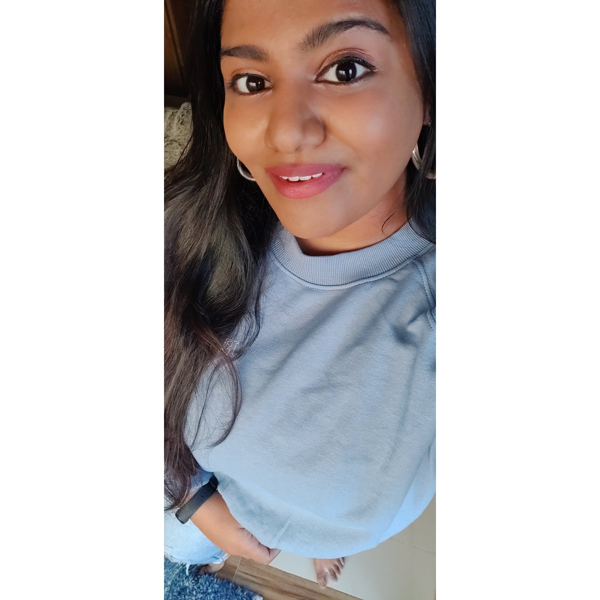 Bloom 🌼 With Grace. 😌  #smile #live #positivity #postoftheday #picoftheday #theoneindiangirlheer #happiness #grace #desi #girl #newpost #newyoutuber #blogger #beautiful #beauty #selflove #selfcare #happymood  #bestotheday #hair #fashion #girls