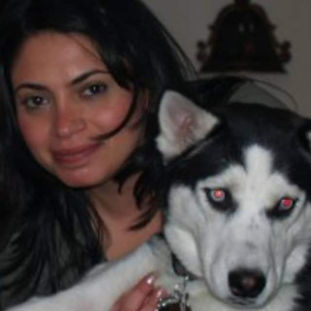 Who owns a Syberian husky looks life differently ❗  Missing my baby girl so much❤️   And thank you so much for adding all great things into my life.  #facebookmemory #smile #heart #love