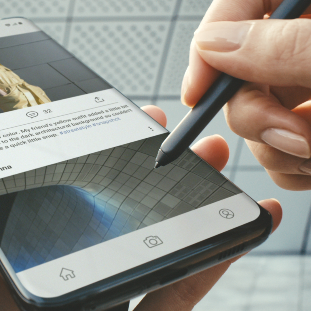 Scroll, write, draw, tap, crop, and more with the first #SPen for Galaxy S Series. #GalaxyS21 Ultra.  Learn more: