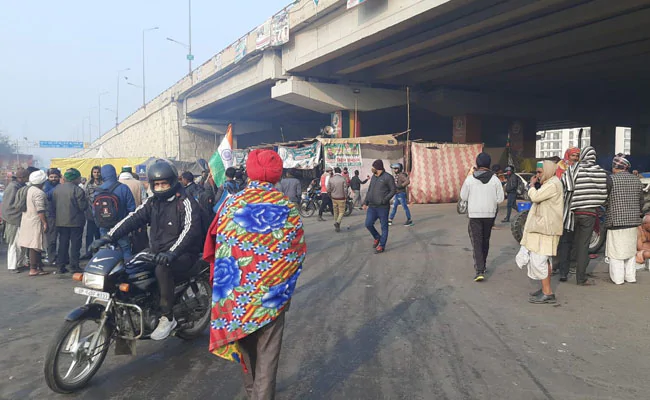 One side of the #Ghazipur border, the site of the #farmersprotest, was opened for #traffic on Tuesday, police said. The stretch was closed since January 26 when violence broke out during the farmers' tractor parade in the national capital on #RepublicDay.