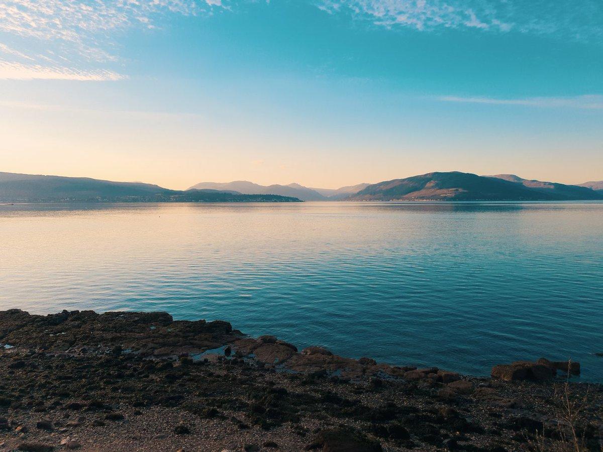- S T I L L N E S S- A clam quiet motionless state. Good morning all!  #LakeDistrict #Cumbria #beautiful #goodmorning #tuesdayvibe #hikingadventures #outdoors #NaturePhotography #landscapephotography #outdoors #England #blessed #team54