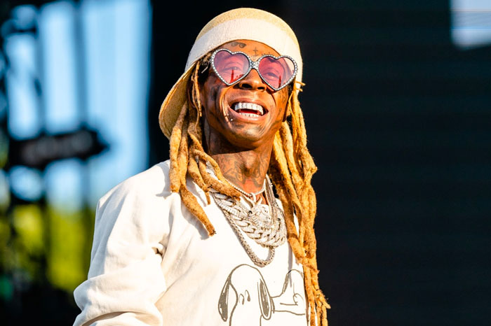 RT @RapUp: Lil Wayne announces new Young Money compilation https://t.co/cAwFS1Taky https://t.co/i0igzZZ5D3