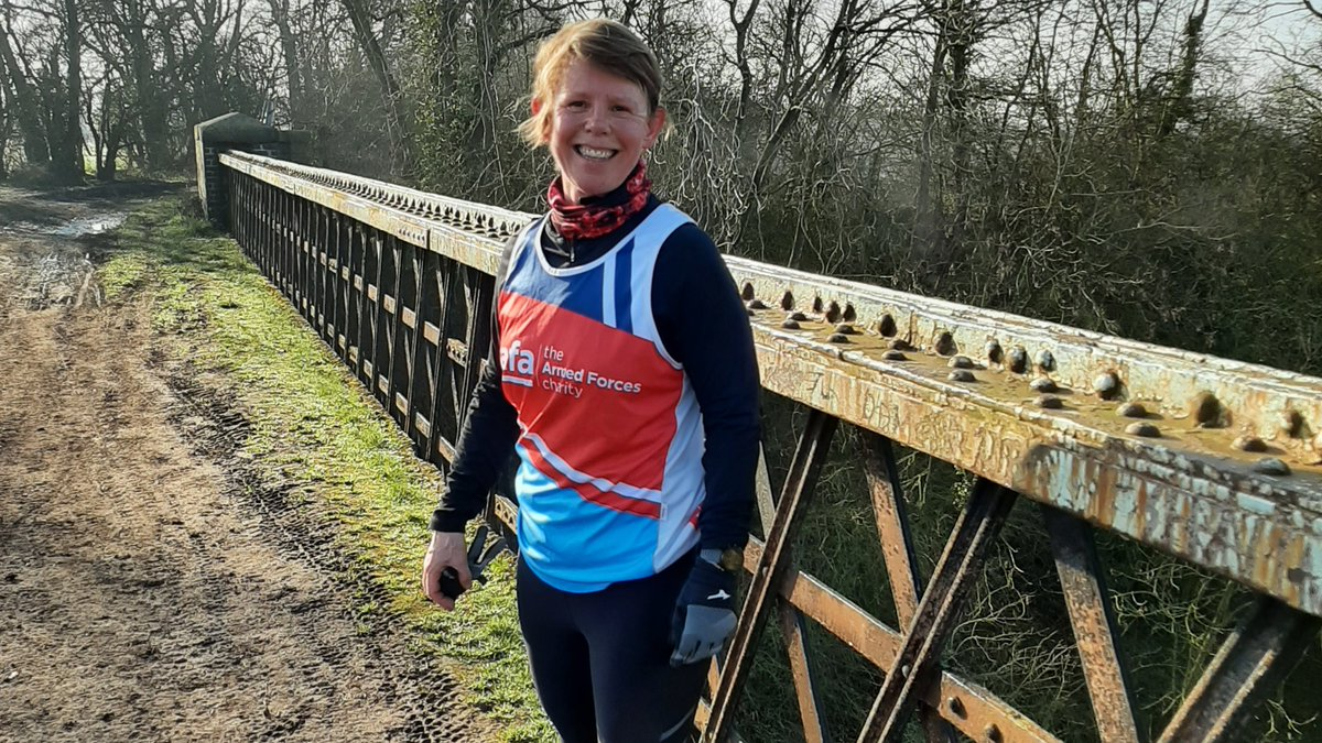 Our #TeamSSAFA runners like Pippa are gearing up for 2021! Visit our website today to plan your challenge event year ahead, including @LLHalf @MrHairyHaggis @London10K @bathhalf @CardiffHalf, and more! #FridayFeeling  🏃🏽♀️🏃🏿♂️