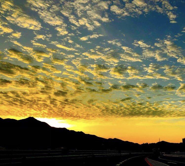 #street #sunrise #sunset #likeforlikes #lifestyle  #pictureoftheday #graffiti #hiphop #power  #夕焼け #夕日 #朝陽 #朝焼け