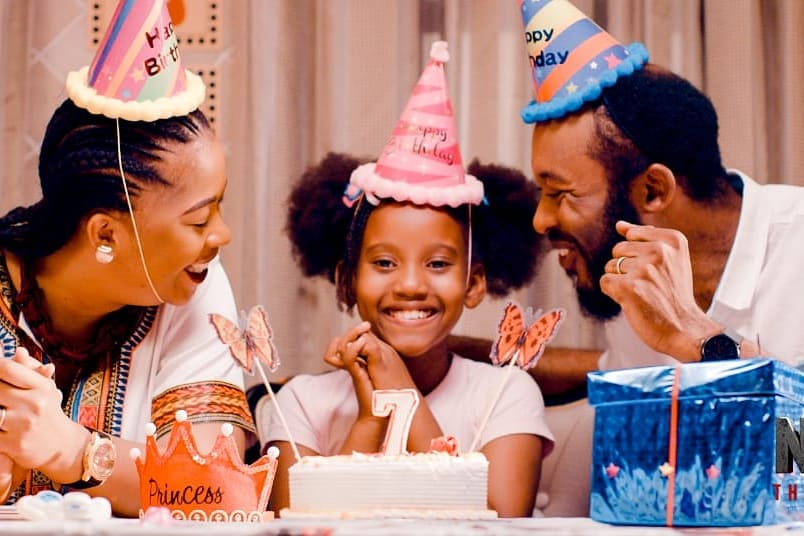 "Happy Tuesday! Get to watch the new Tanzanian movie ""Nyara"" (Swahili for The Kidnapping) currently showing nationwide in Kenyan cinemas! 🇹🇿🇰🇪 Cinema screenings at @WestgateMallKe, Motion cinema (Greenspan Mall), @PrestigeCine, Anga cinema (Diamond Plaza) & @NyaliCinemax 🎥🍿 https://t.co/POxtmpoADH"