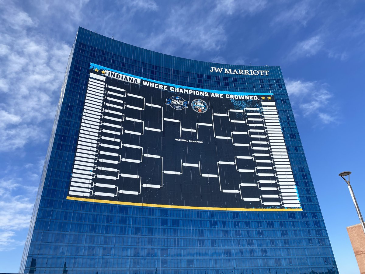 47,000 square feet. 😱  The largest #MarchMadness bracket EVER is located at the JW Marriott in downtown Indy! 👀