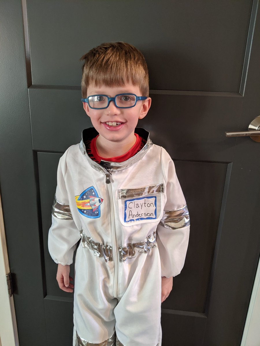 As part of #ReadAcrossAmericaDay , our kids were suppose to read about a famous American and then dress like them. My son Abraham went as #Nebraska's only astronaut, Clayton Anderson. @Astro_Clay @NASA
