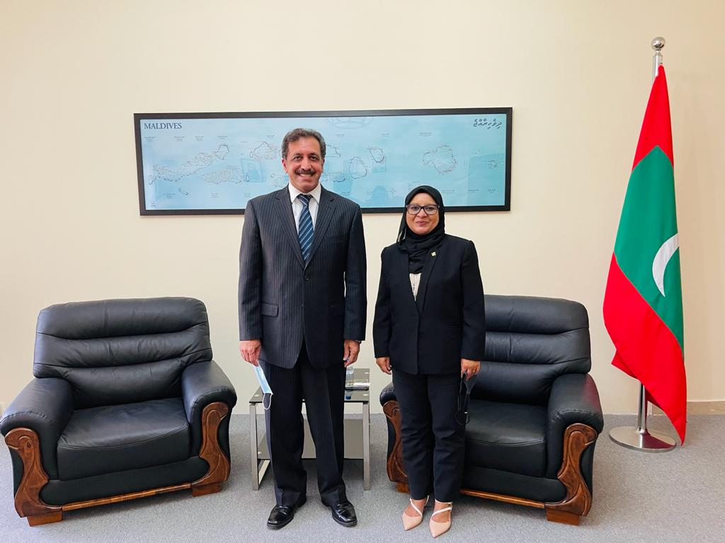 Ambassador Shabeena and Ambassador of Pakistan H.E. Mr. Afzaal Mahmood had a courtesy meeting at the Embassy today. Both Ambassadors reflected on the excellent bilateral and multilateral relations between brotherly countries - #Maldives 🇲🇻 & #Pakistan🇵🇰