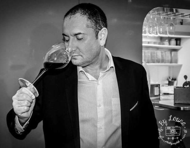 Il est Consultant en Vins, Meilleur Sommelier de France… et Ambassadeur d'Alsace ! Bravo à Pascal Leonetti ! 👏😉 https://t.co/8ypGJh1L8f #Alsace https://t.co/sxT8tEVGmI