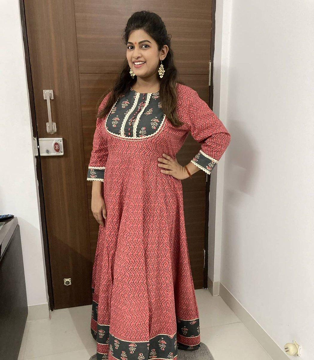 अभिनेत्री धनश्री काडगावकर 😍😍 . . @kadgaonkar_dhanashri #dhanashrikadgaonkar #actress #marathiactress #marathi #beautiful #gorgeous #cute #marathiabhinetri #maharashtra_ig #marathi_ig #marathimulgi #marathigirls #marathistars #repost