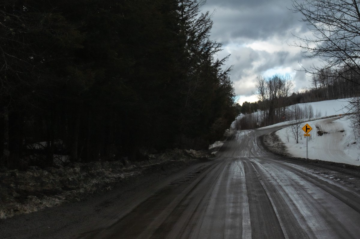 late winter  #VT #Vermont #NewEngland #Winter #CountryRoad #DirtRoad #March #StreetPhoto #StreetPhotography #Intersection #snow #LateWinter #Landscape #LandscapePhoto #LandscapePhotography #quiet #crossroads #rural #RuralRoad