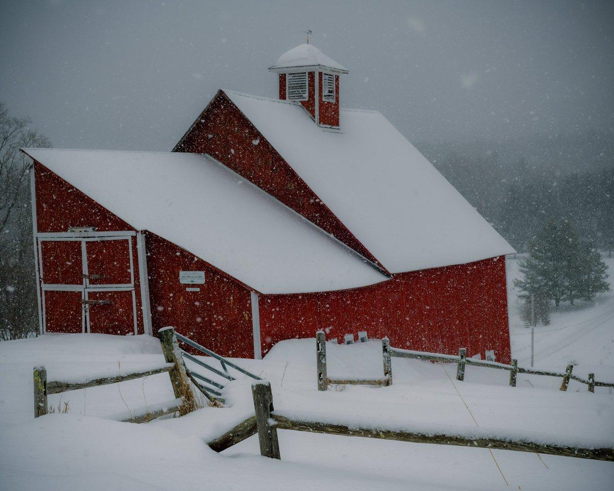 Stowe in the snow. @NikonUSA  #vermont #snow #stowe #stowevt #rustic