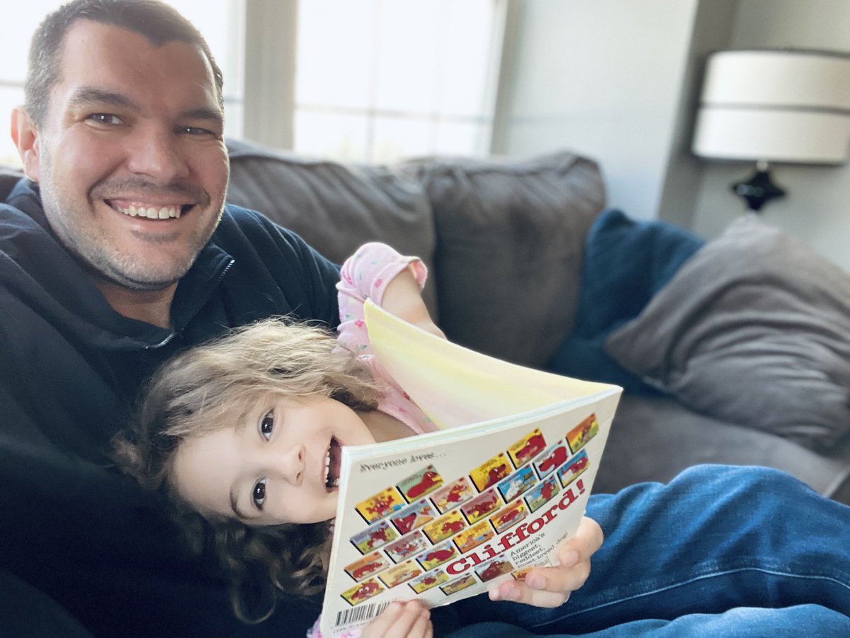 Growing up, Clifford The Big Red Dog was one of my favorite stories/characters. A great joy of fatherhood is sharing favorite stories with our daughter on #ReadAcrossAmericaDay, and every day, reliving them through her eyes. 📚
