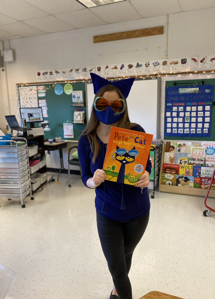 Check out my 'Magic Sunglasses'😻Happy Read Across America Day! #ReadAcrossAmericaDay #petethecat @BaileysES_FCPS