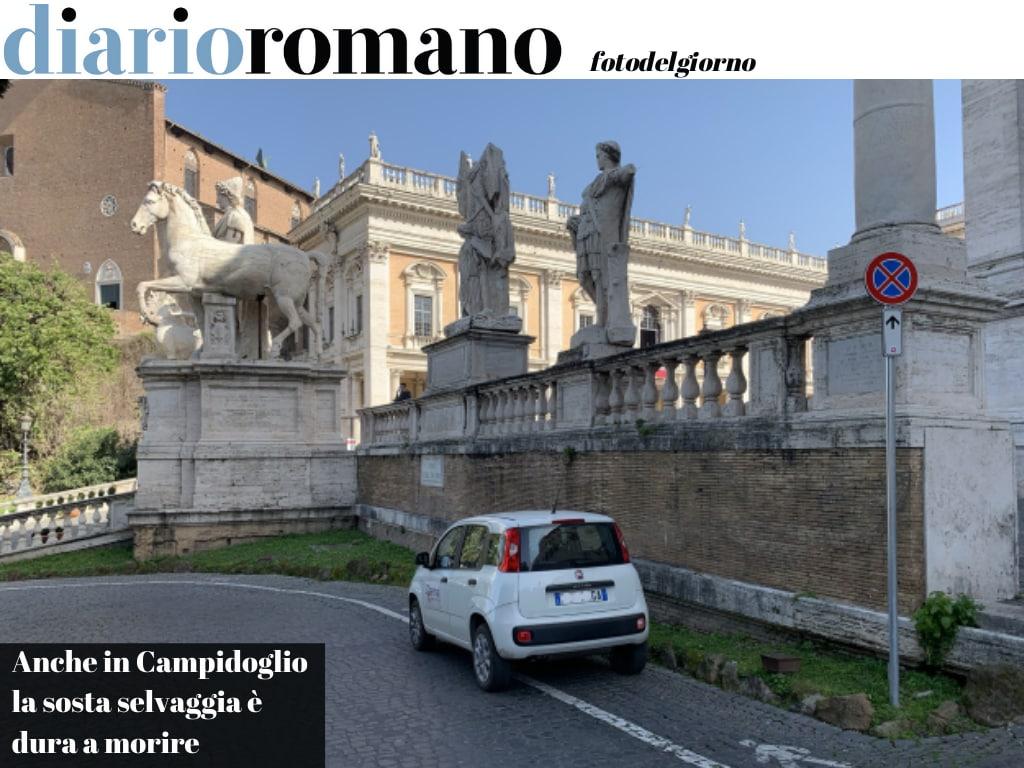 test Twitter Media - La situazione della sosta selvaggia in Campidoglio sembra essere migliorata, ma qualcuno che fermi dove capita la propria auto non manca mai. #Roma  #fotodelgiorno https://t.co/oMzbWHJasb