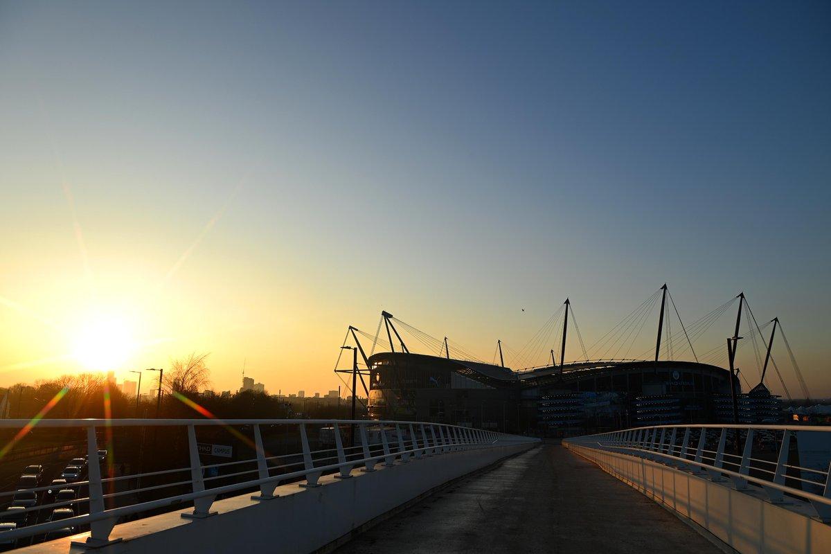 The sun hasn't quite set on the #PL Matchweek 🌆  @ManCity 🆚 @Wolves coming up:   #MCIWOL