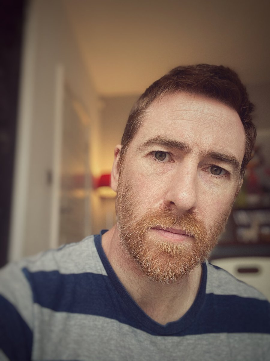 All serious today as I try and get some work done. So far not so good. I'll keep trying though, wish me luck. Jx