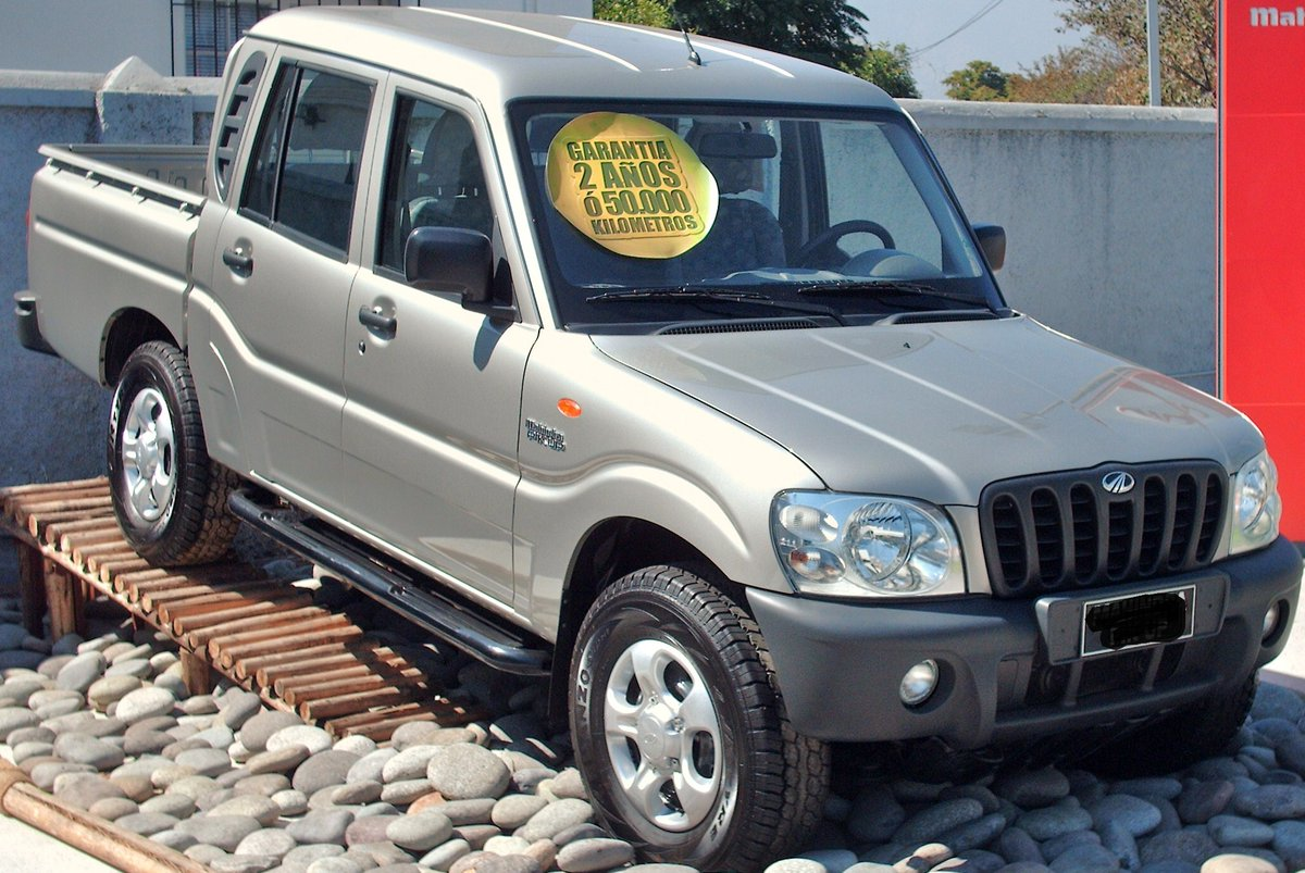 #RwOT Among the many SUVs available at KIGALI CAR SALES LTD, the Mahindra is one of the most popular ones. Its huge presence is a testimony of its success. The mighty and muscular Scorpio is extremely practical for big family on long drives, gives great highway mileage as well.