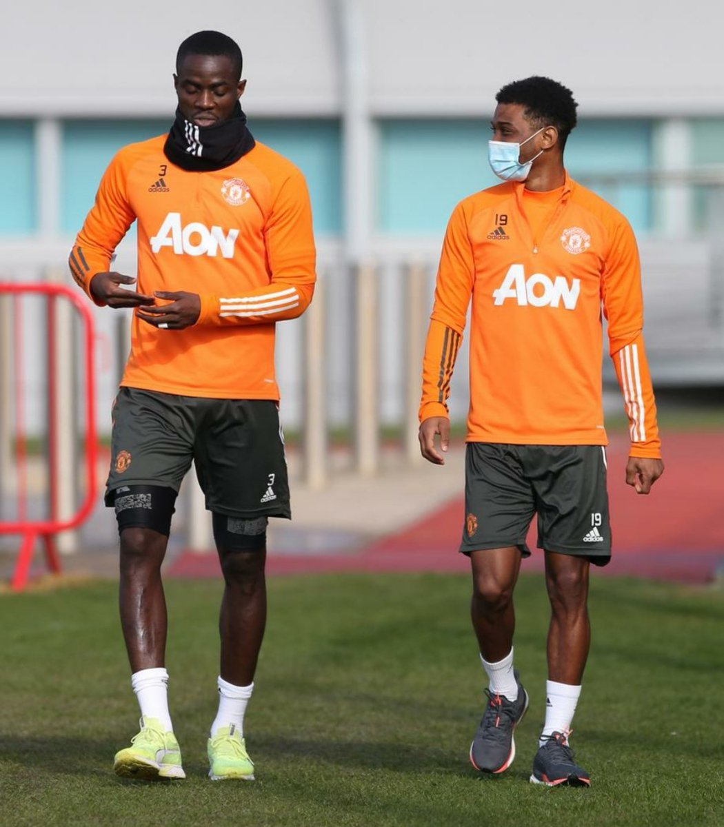 Ivorians Eric Bailly and Amad Diallo head out for training 🇨🇮 #MUFC #GGMU #ivorycoast