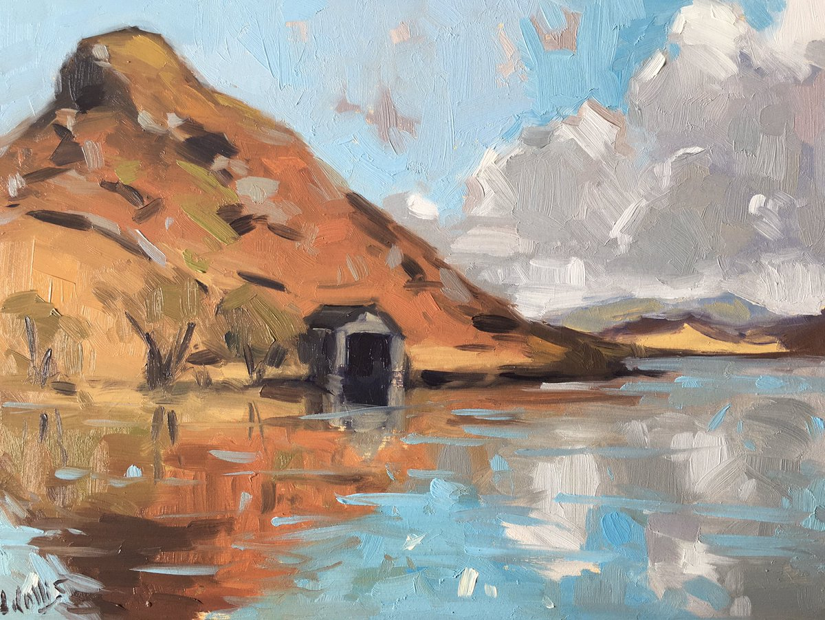 """Cregennan Lake, Arthog  8""""x6"""" oil on board #lockdown #dailypainting . Reflections of the boathouse on Cregennan lakes high up above Arthog, Mawddach Estuary and Barmouth . All my daily paintings are available for £125 and dry enough to send in 3-4 weeks #cregennanlakes #cregennan"""
