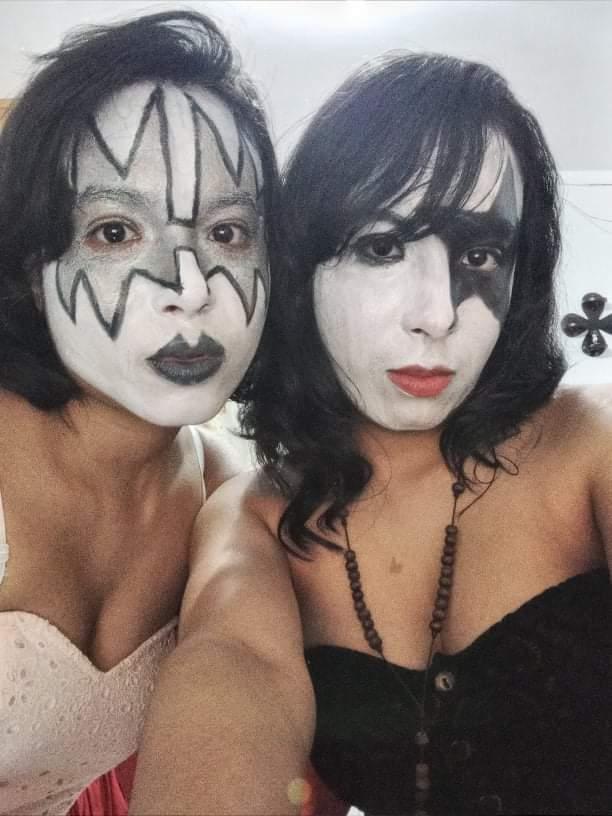 My sister and me   #makeup #kiss #rock #RockAndRoll