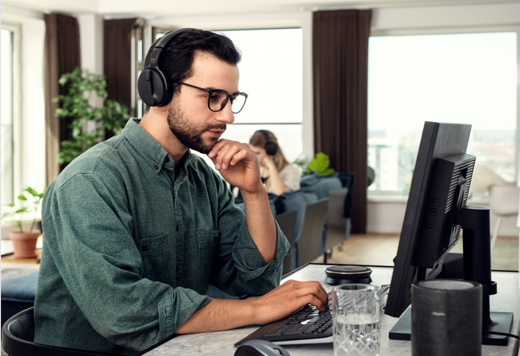 Working from home can be a challenge. Communication tools, including headsets, can make a difference:  https://t.co/3TGcWssVEB #collaboration #CommunicationIsOurBusiness #headsets #wirelessheadsets #WFH @Eposaudio https://t.co/QZUkbrsccF
