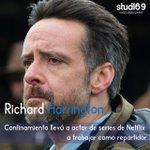 Image for the Tweet beginning: El actor galés Richard Harrington,