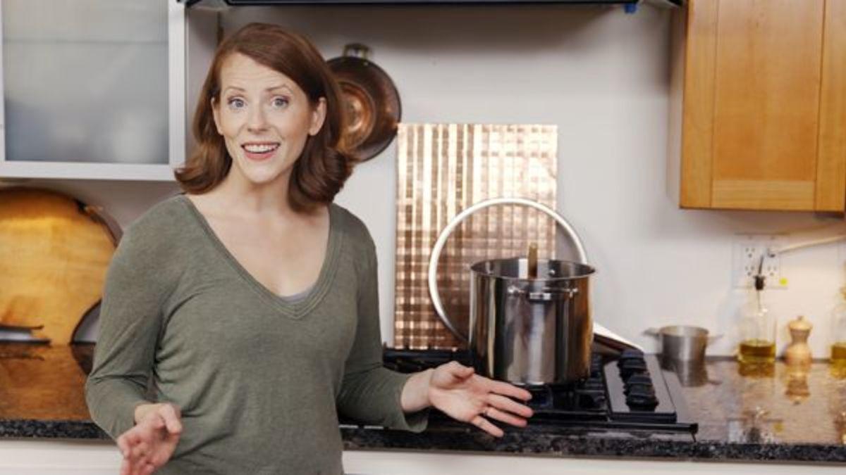 Perfect One-Pot, Six-Pan, 10-Wok, 25-Baking Sheet Dinner
