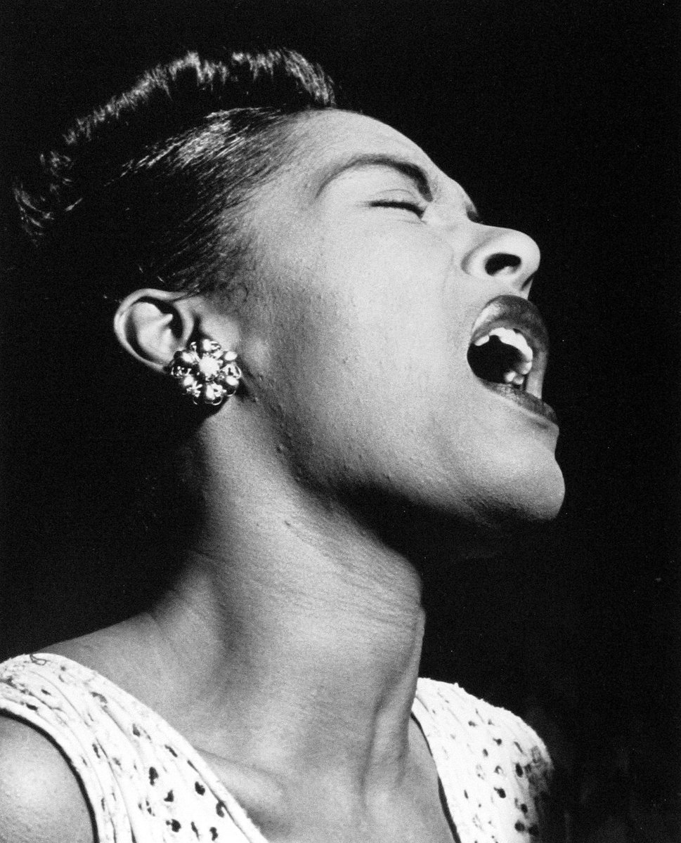 Billie Holiday • William Gottlieb • c.1947 #blackandwhite #photography  #blackandwhitephotography