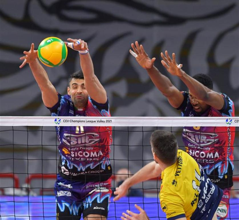 .@SIRVolleyPG brutal in rematch against @modenavolley, advance to @CEVolleyballCL semifinals  https://t.co/t64Ar1gZtg  #volleyball #CLVolleyM https://t.co/wkRAxeAoVV