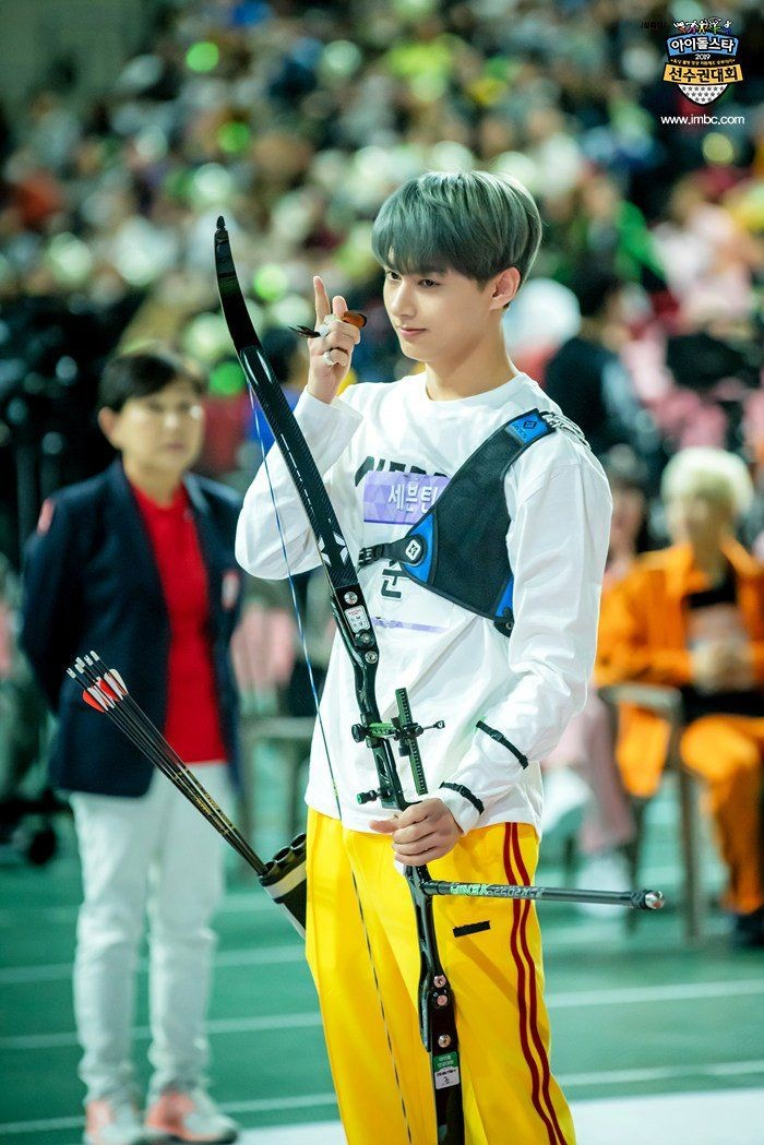 Replying to @junthinks: let's talk about athlete junhui
