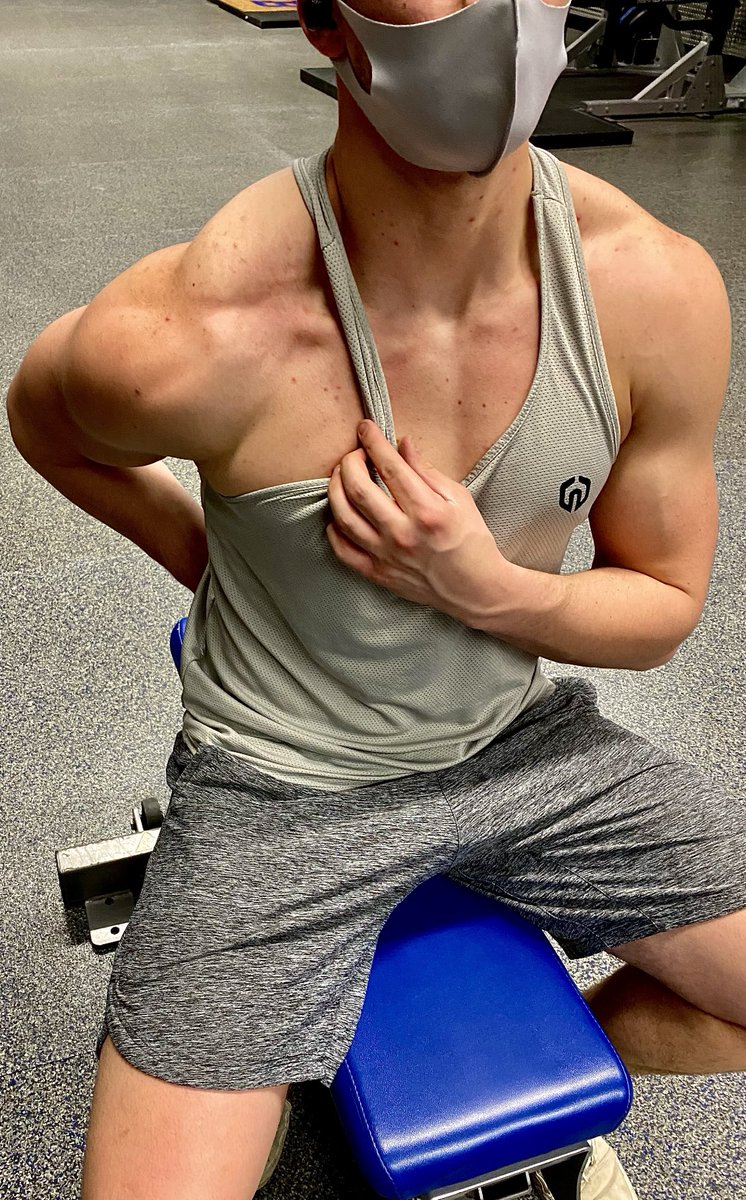 Back and shoulder workout coming tomorrow on Instagram, Turn on those post notifications✅👊🏽 Instagram: @alternatetheoryfitness #Instagram #workout #workoutmotivation #fitnessjourney #aesthetic #tuesdayvibe