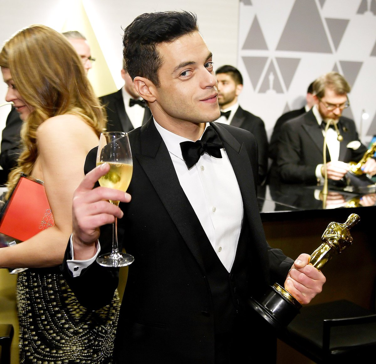 Looks like the Cooper stannies are still torqued about Rami Malek's Oscar. They're like body-painted sports fanatics squawking insults at the opposing team, or angry toddlers who can't get a cookie. It would be pretty funny if it wasn't so insulting to Rami. #RamiMalek #StayMad
