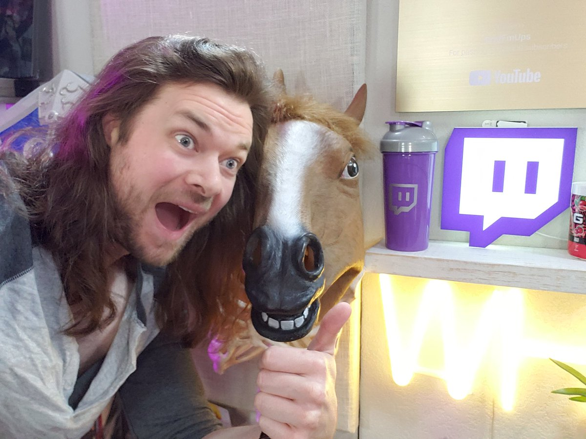 My buddy and I are live on streaming just horsing around 👉