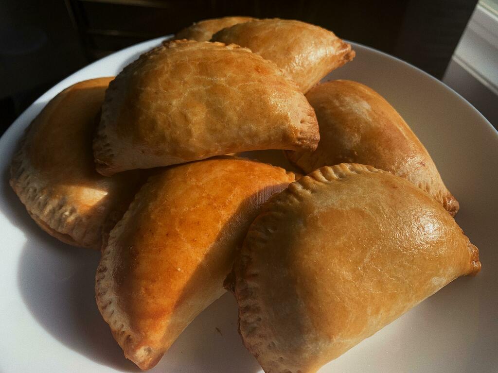 [homemade] empanadas #viral #trending #foodie #foodblogger #foodphotography #ff #tbt #ico