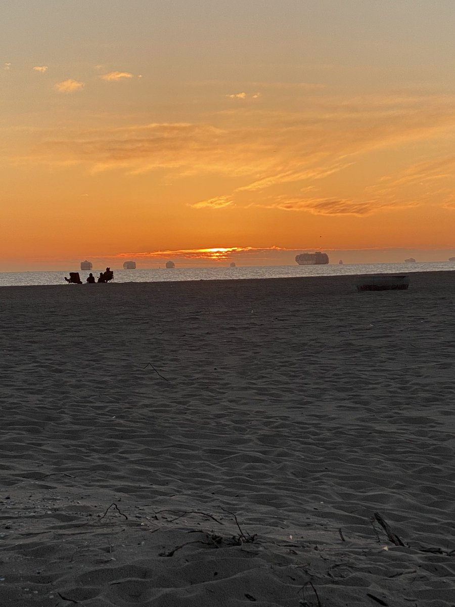 My current view #California #sundayvibes #sunset #tuesdaymotivations #hope