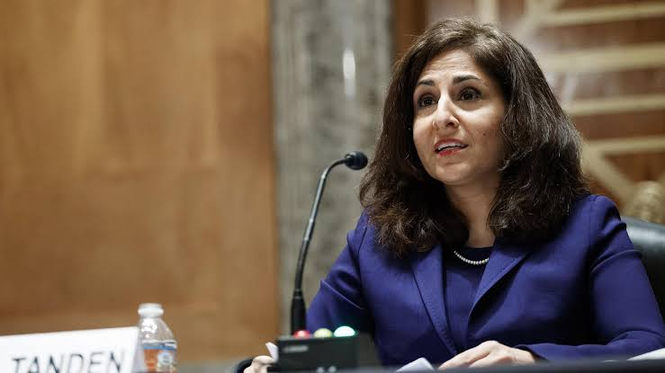 🔴#JoeBiden has abandoned his plan for (Indian-American) Neera Tanden to be White House budget director, after pushback from key senators, marking the first cabinet defeat for the #US president.