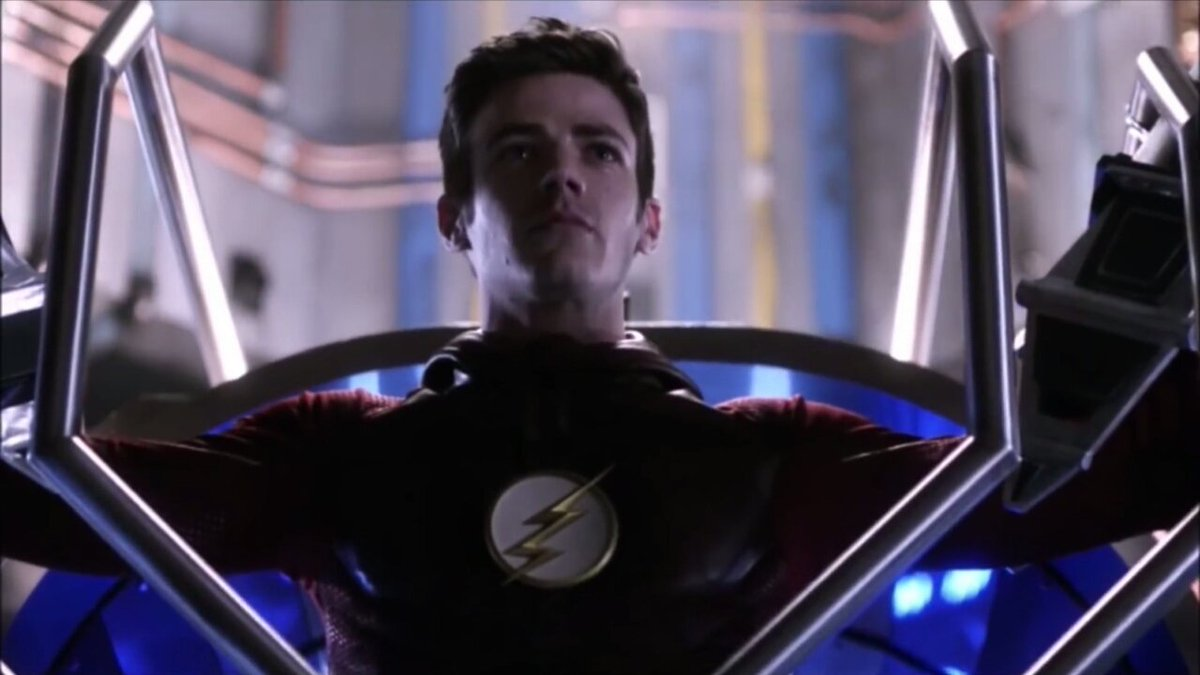 #TheFlash @ewrote  i tought that Barry getting not only his powers but the speedforce back too would be as epic as this scene but well it wasn't bad either but i didn't got the same chills that this season 2 scene gave me, am i the only one? idk