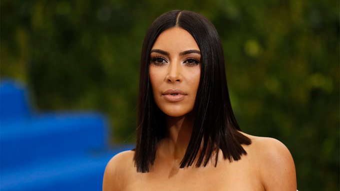 Kim Kardashian responds after she's hilariously trolled by hairstylist for falling asleep during appointment Photo