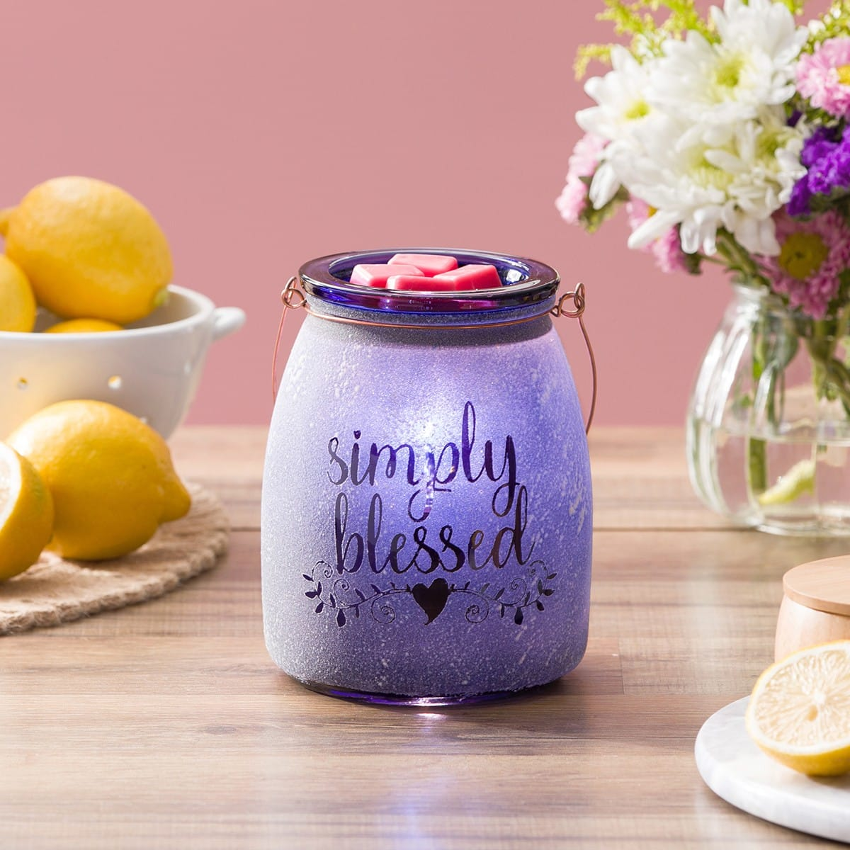 Simple Blessed Warmer! 💜   Just a reminder than we all are simply blessed. 🛍️    #blessed #grateful #decor #interiordesign #love #lifestyle #life #photography #ThursdayMotivation #waxmelts #shopsmall #Online #wax #FridayMotivation #god #WomenTellAll