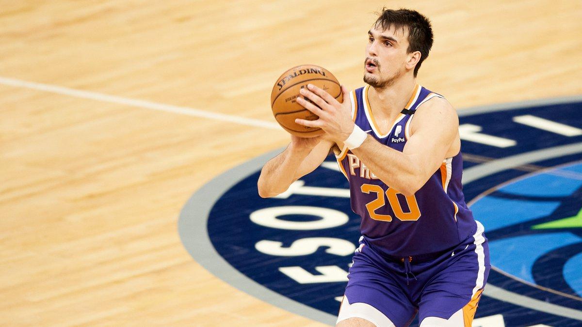 Lakers karşısında @Suns'ı galibiyete @DarioSaric (21 sayı - sezon rekoru & 5 ribaund) ve @mikal_bridges (19 sayı, 6 ribaund & 5 asist) taşıdı! 🏜️ #WeAreTheValley