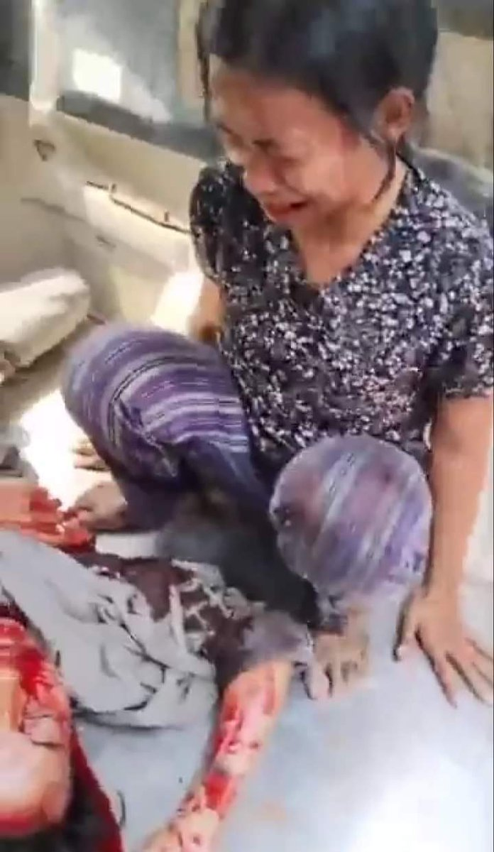 """@washingtonpost To this day   A 14-year-old boy died of a brain haemorrhage in Myingyan to death, and I was so moved to tears.""""   My heart was broken. I could not do anything but feel sorry for myself, Auntie  #SaveMyanmar  #Myanmarmilitaryheatshot https://t.co/DctmqFl5G7"""