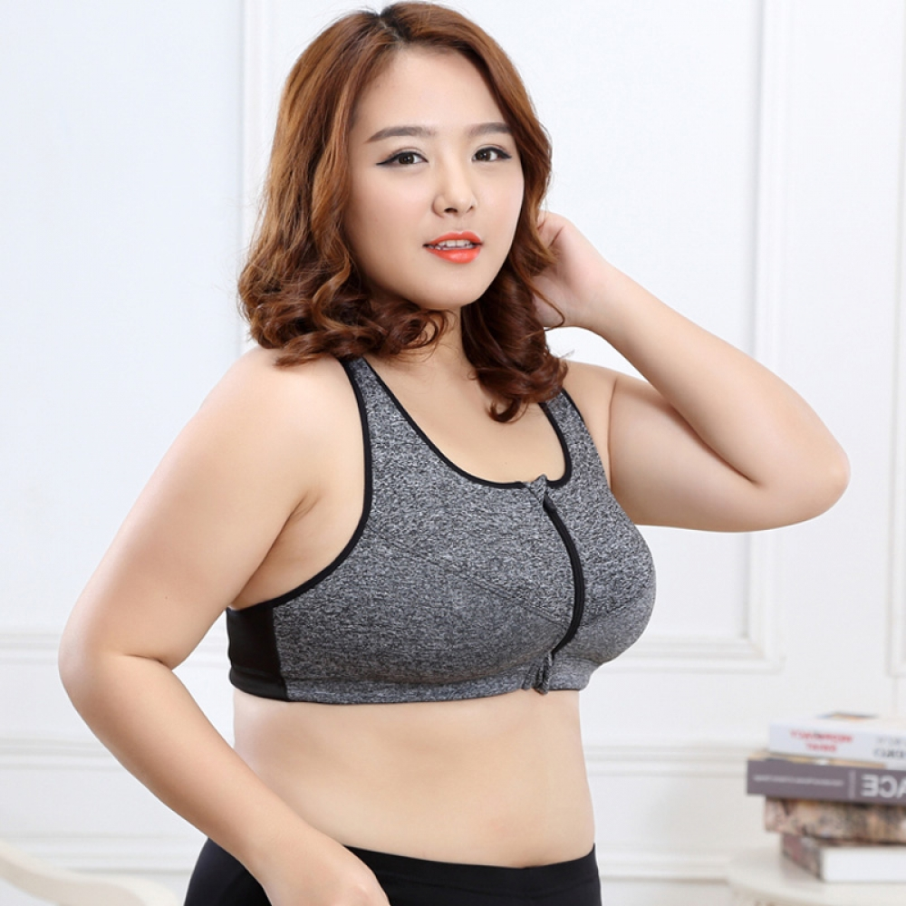 #mondaymotivation #fitnessfriday Women's Plus Size Stretching Sports Bra
