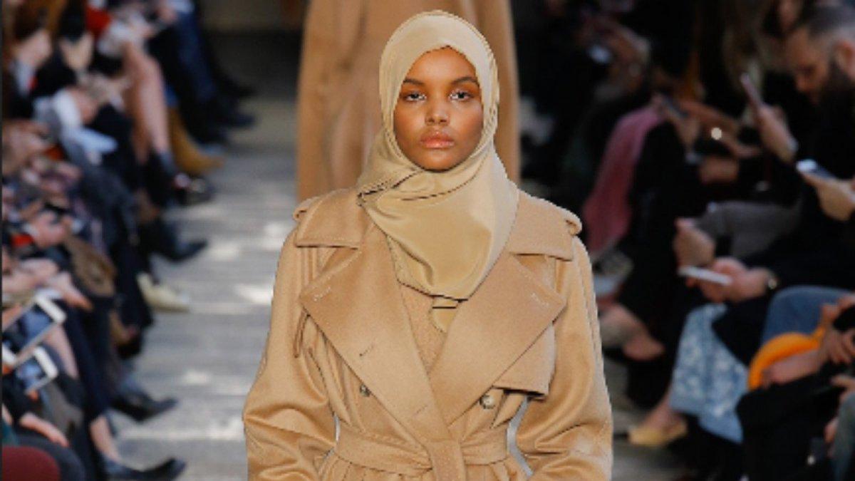 Breaking Ceilings 💪👑  Halima Aden broke the glass ceiling. She is the first hijab-wearing fashion model to walk international runway shows giving hope to a lot of #muslim women and girls.  #HalimaAden #womenempowerment #women #girls #Somalia #kakuma #hijabfashion https://t.co/s6fPzcZ0Wi